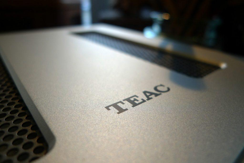 TEACのコンポ