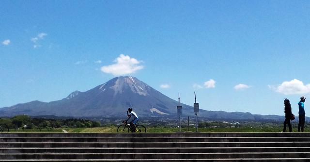 大山とサイクリング