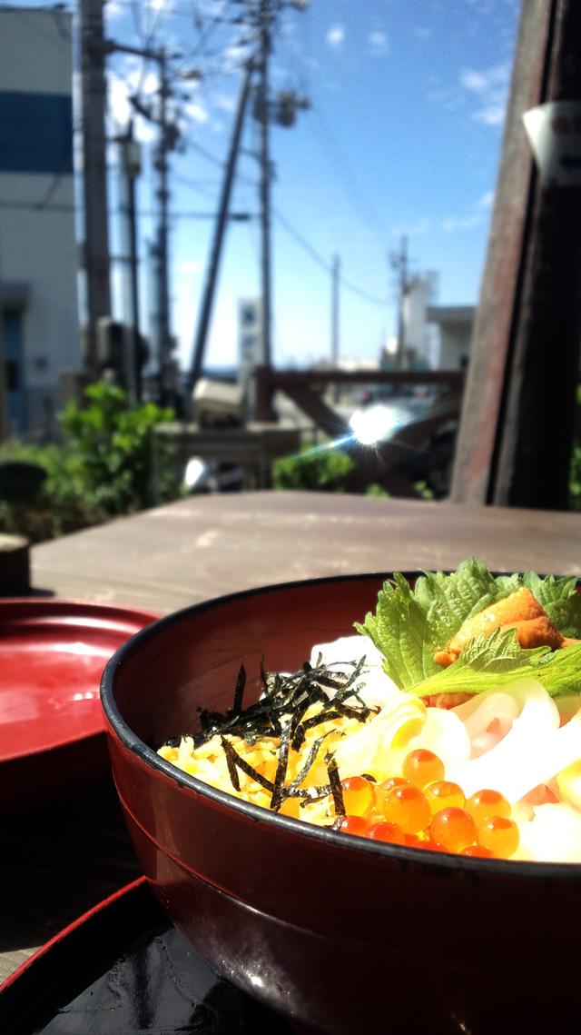 浜料理がんがん 海鮮丼