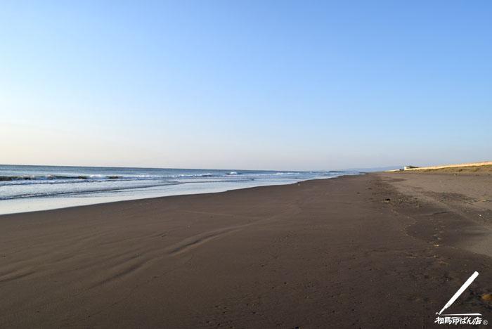 早朝に富田の浜を散歩