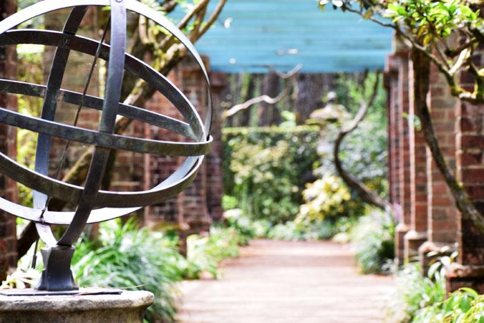 英国式庭園を散歩