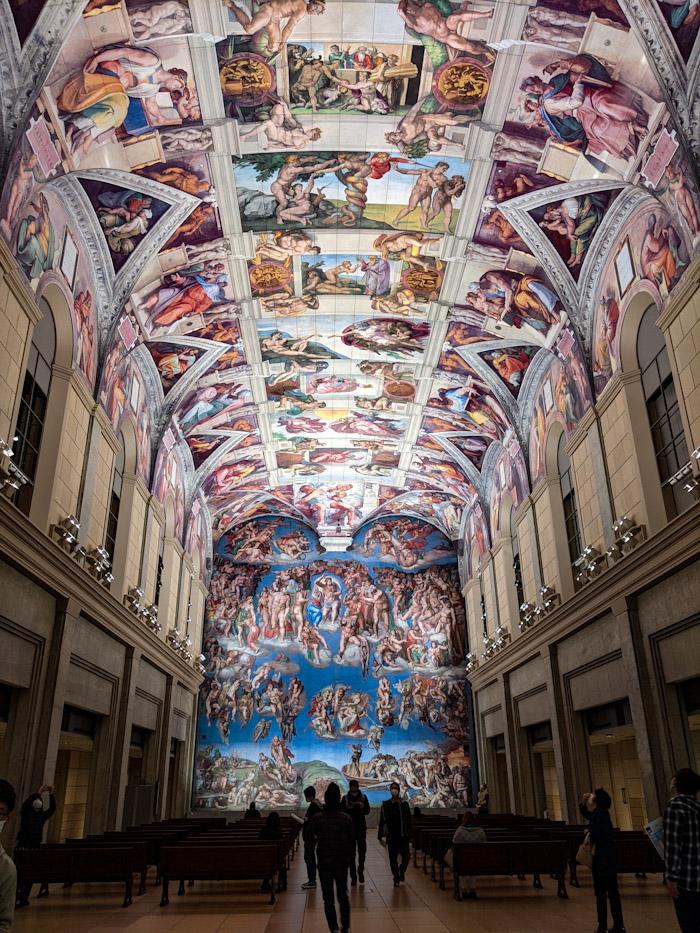 イタリアにあるシスティーナ礼拝堂を同じように作った空間